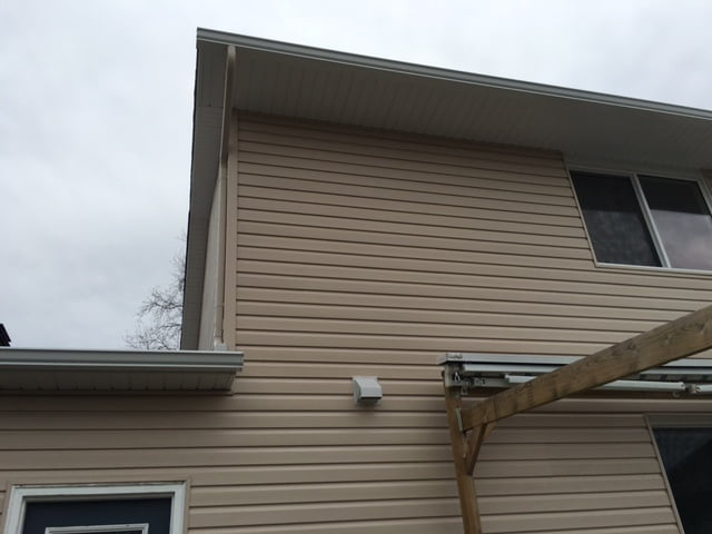 Vinyl Siding And Eavestroughs In Kanata Bestcan Windows