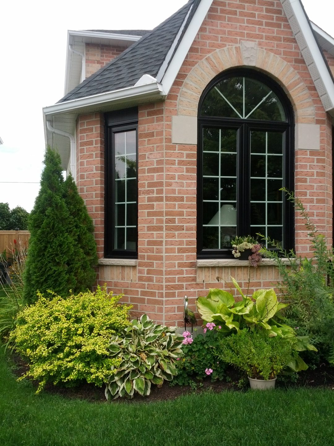 Replacement Windows with Dramatic Flair