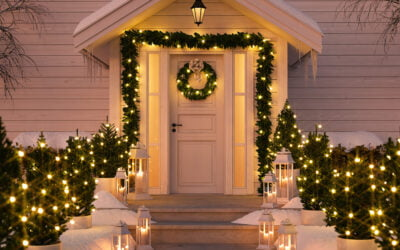 5 Ways to Decorate Your Front Porch for the Holidays